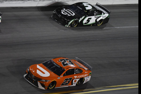#23: Bubba Wallace, 23XI Racing, Toyota Camry #5: Kyle Larson, Hendrick Motorsports, Chevrolet Camaro NationsGuard