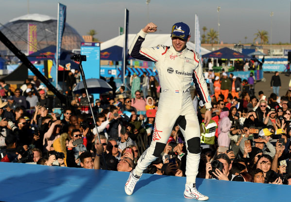 Robin Frijns (NLD), Envision Virgin Racing, 2nd position, celebrates on the podium