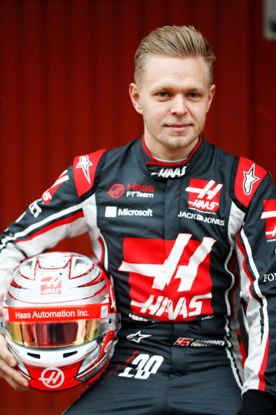 HAAS F1 Car Formula 1 Launch. Barcelona, Spain  Monday 27 February 2017. Kevin Magnussen, Haas F1 Team World Copyright: Dunbar/LAT Images Ref: _31I0032