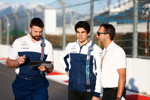 Sochi Autodrom, Sochi, Russia. Thursday 27 April 2017. Lance Stroll, Williams Martini Racing, conducts a track walk with colleagues. World Copyright: Glenn Dunbar/LAT Images ref: Digital Image _31I7847