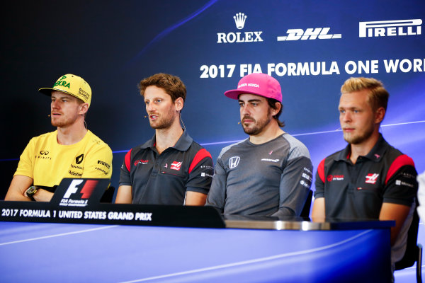 Circuit of the Americas, Austin, Texas, United States of America. Thursday 19 October 2017. Nico Hulkenberg, Renault, Romain Grosjean, Haas F1, Fernando Alonso, McLaren, and Kevin Magnussen, Haas F1, in the press conference. World Copyright: Andy Hone/LAT Images  ref: Digital Image _ONY9149