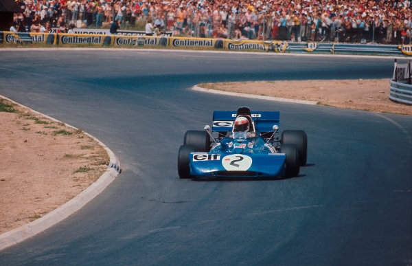 1971 German Grand Prix.Nurburgring, Germany.29/7-1/8 1971.Jackie Stewart (Tyrrell 003 Ford) 1st position.Ref-71 GER 13.World Copyright - LAT Photographic