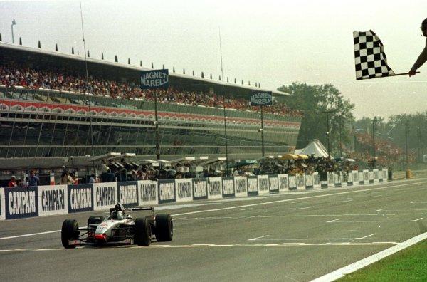 1997 Italian Grand Prix.Monza, Italy.5-7 September 1997.David Coulthard (McLaren MP4/12 Mercedes-Benz) 1st position.World Copyright - LAT Photographic