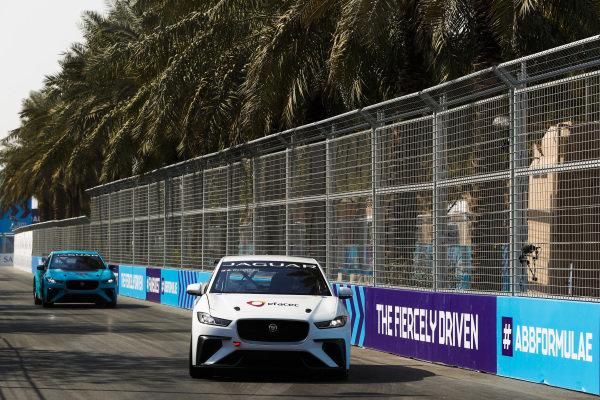 Stefan Rzadzinski (CAN), TWR TECHEETAH leads Alice Powell (GBR), Jaguar VIP car