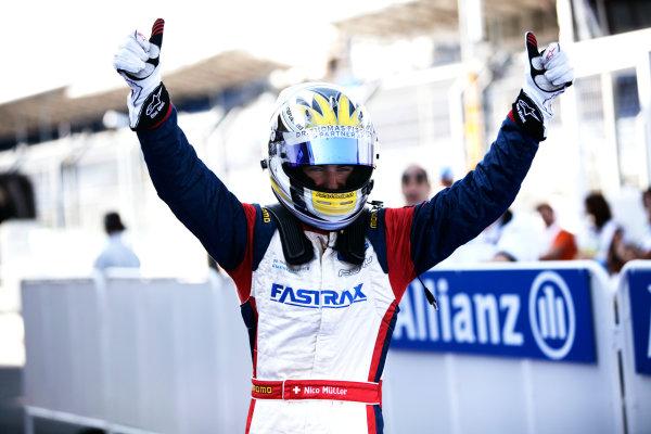 Round 3. Valencia, Spain. 27th June 2010.Sunday Race.Nico Muller, (Sui, Jenzer Motorsport) celebrates victory in parc ferme. Portrait. World Copyright: Drew Gibson/GP3 Media Service.Digital Image _Y8P9019