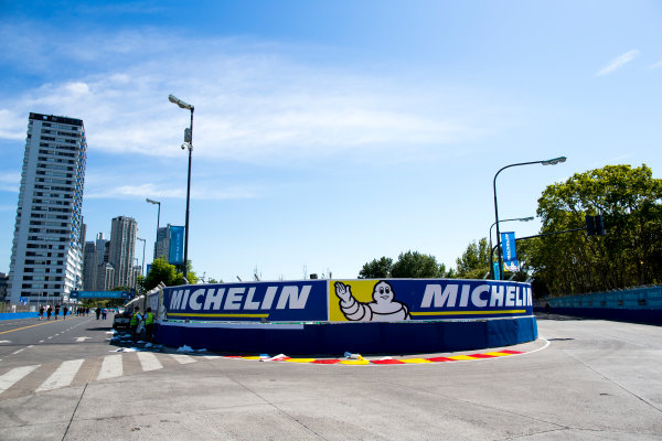 2015/2016 FIA Formula E Championship. Buenos Aires ePrix, Buenos Aires, Argentina. Friday 5 February 2016. A view of the track. Photo: Zak Mauger/LAT/Formula E ref: Digital Image _L0U9686
