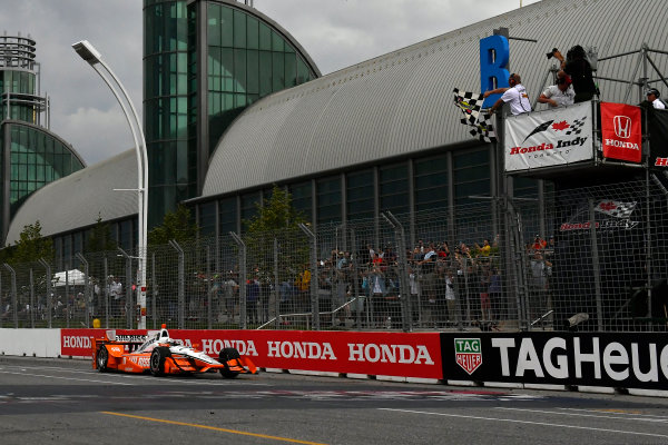 Verizon IndyCar Series Honda Indy Toronto Toronto, ON CAN Sunday 16 July 2017 Josef Newgarden, Team Penske Chevrolet crosses the finish line under the checkered flag for the win World Copyright: Scott R LePage LAT Images ref: Digital Image lepage-170716-to-5100