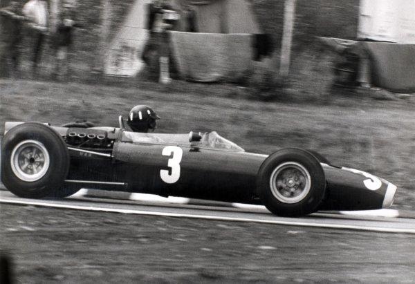 1965 United States Grand Prix.Watkins Glen, New York, USA. 1st-3rd October 1965.Graham Hill, BRM P261, 1st position, action.World Copyright - LAT Photographic.Ref- B/W Print