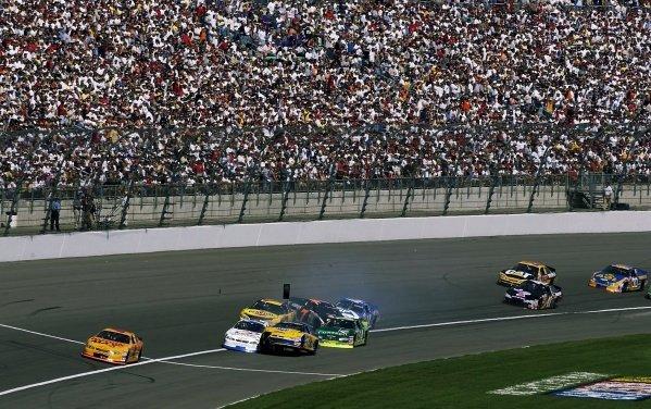 IndyCar Photos: Kansas (2002)