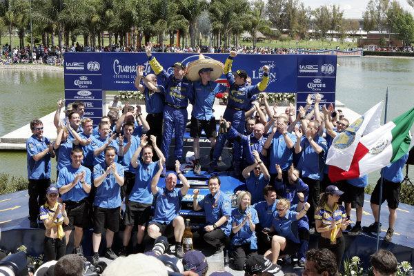 2005 FIA World Rally Champs. Round threeRally Mexico.10th - 13th March 2005.Petter Solberg, Subaru, podium.World Copyright: McKlein/LAT