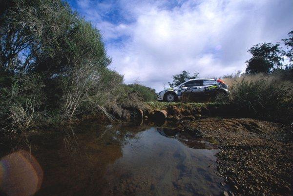 2003 World Rally ChampionshipRally Australia. 3rd - 7th September 2003Mikko Hirvonen/Jarmo Lehtinen (Ford Focus RS WRC 03), action.World Copyright: McKlein/LAT Photographicref: 35mm Image A16