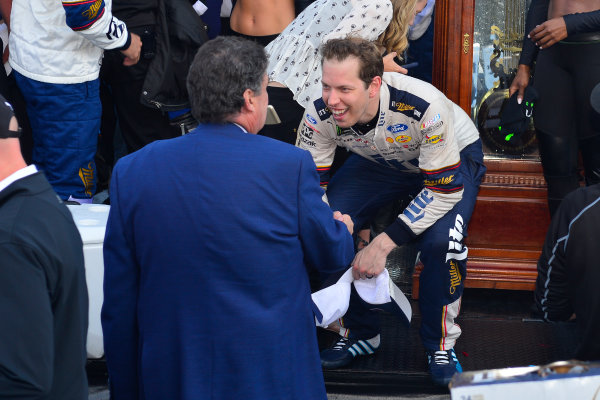 2017 Monster Energy NASCAR Cup Series STP 500 Martinsville Speedway, Martinsville, VA USA Sunday 2 April 2017 Brad Keselowski, Mike Helton in victory lane  World Copyright: Logan Whitton/LAT Images ref: Digital Image 17MART1LW2744