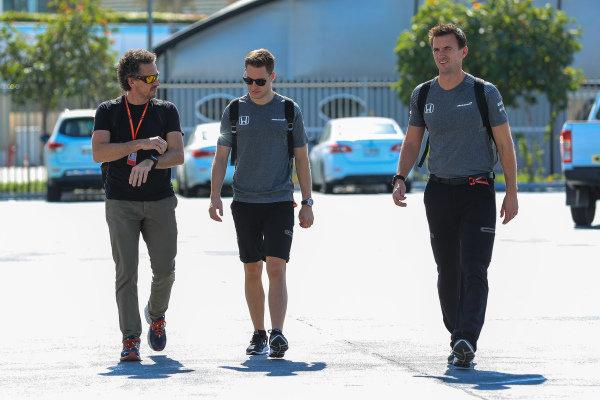 Stoffel Vandoorne (BEL) McLaren at Formula One World Championship, Rd20, Abu Dhabi Grand Prix, Race, Yas Marina Circuit, Abu Dhabi, UAE, Sunday 26 November 2017.