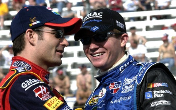 03/26/04 NASCAR Nextel Cup Series.Round 6 of 36. Food City 500. Jeff Gordon and Brian Vickers. Bristol, Tennessee, USA.