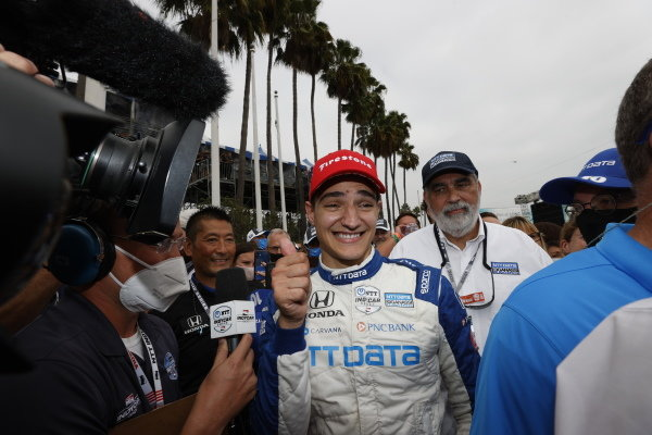 #10: Alex Palou, Chip Ganassi Racing Honda, interview, champion, thumbs up