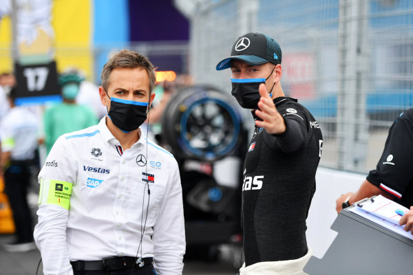 Stoffel Vandoorne (BEL), Mercedes Benz EQ, on the grid with an engineer