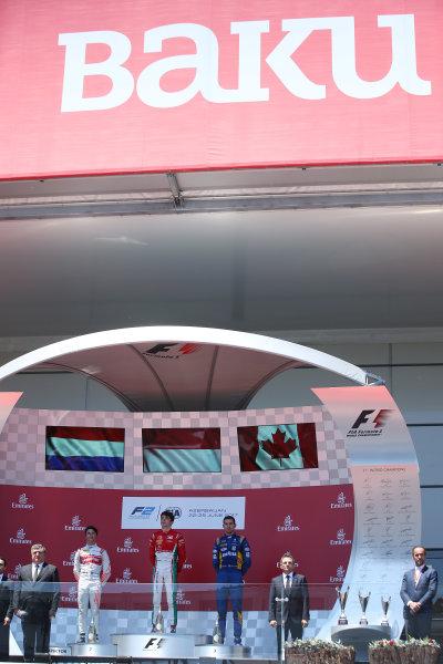 2017 FIA Formula 2 Round 4. Baku City Circuit, Baku, Azerbaijan. Saturday 24 June 2017. Nyck De Vries (NED, Rapax), Charles Leclerc (MCO, PREMA Racing) and Nicholas Latifi (CAN, DAMS)  Photo: Charles Coates/FIA Formula 2. ref: Digital Image DJ5R4160