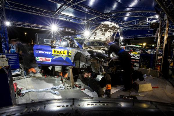 2017 FIA World Rally Championship, Round 11, Rally RACC Catalunya / Rally de España, 5-8 October, 2017, Ott Tanak, Ford, service, Worldwide Copyright: LAT/McKlein