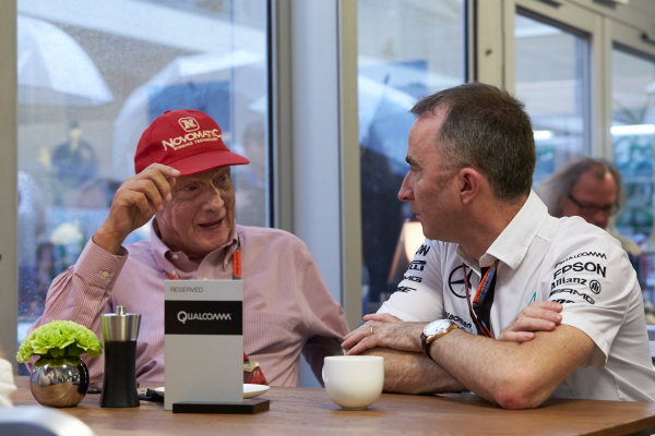 Circuit of the Americas, Austin, Texas, United States of America.  Friday 23 October 2015. Niki Lauda, Non-Executive Chairman, Mercedes AMG, with Paddy Lowe, Executive Director (Technical), Mercedes AMG. World Copyright: Steve Etherington/LAT Photographic ref: Digital Image SNE13613