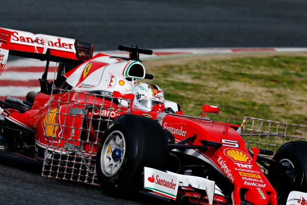 Circuit de Catalunya, Barcelona, Spain Monday 22 February 2016. Sebastian Vettel, Ferrari SF16-H. World Copyright: Alastair Staley/LAT Photographic ref: Digital Image _R6T6840