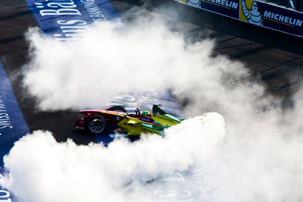 2015/2016 FIA Formula E Championship. Mexico City ePrix, Autodromo Hermanos Rodriguez, Mexico City, Mexico. Saturday 12 March 2016. Lucas Di Grassi (BRA), ABT Audi Sport FE01, celebrates winning the race by completing donuts. Photo: Zak Mauger/LAT/Formula E ref: Digital Image _79P3788