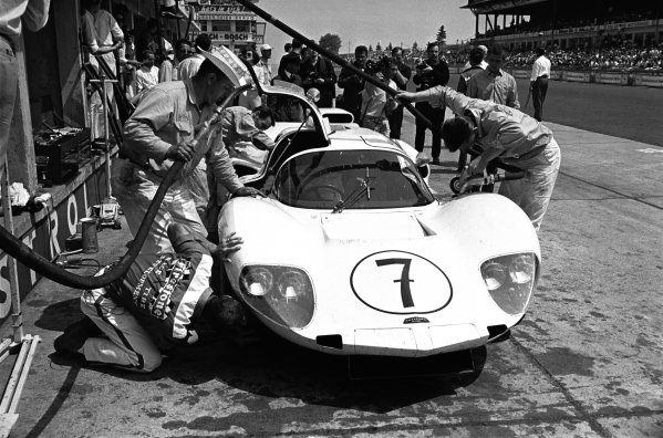 1966 Nurburgring 1000 kms. Nurburgring, Germany. 5th June 1966. Rd 6. Jo Bonnier / Phil Hill (Chaparral 2D Chevrolet), 1st position, pit stop action.  World Copyright: LAT Photographic.  Ref:
