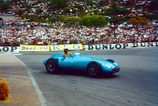 1956 Monaco Grand Prix.Monte Carlo, Monaco.10-13 May 1956.Andre Pilette (Gordini Type 32) 6th position shared with Elie Bayol.Ref-56 MON 09.World Copyright - LAT Photographic