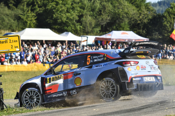 Thierry Neuville is an expert on the tricky asphalt stages of Rallye Deutschland