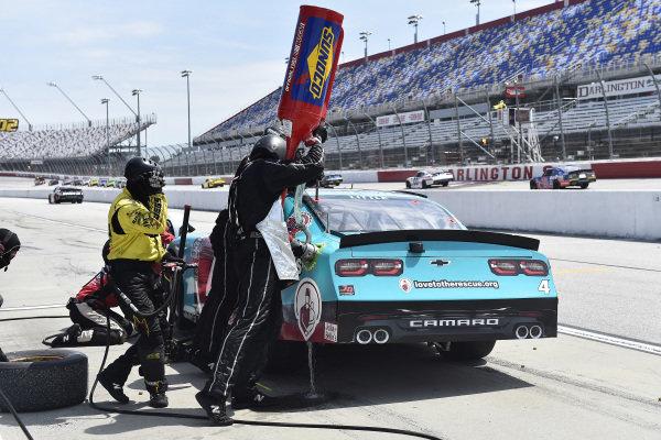 #4: Jesse Little, JD Motorsports, Chevrolet Camaro Shriners Hospitals pit stop