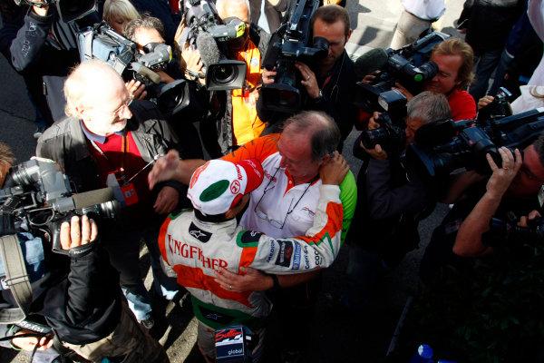 Spa-Francorchamps, Spa, Belgium29th August 2009.Giancarlo Fisichella, Force India VJM02 Mercedes, celebrates pole position. Portrait. World Copyright: Charles Coates/LAT Photographicref: Digital Image _26Y8909