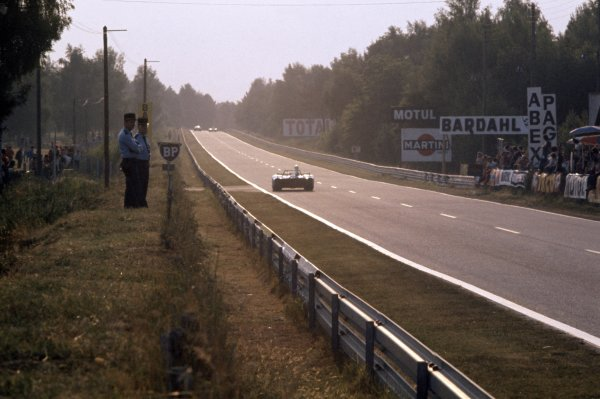 1974 Le Mans 24 hours.Le Mans, France. 15-16 June 1974.A Matra-Simca MS 670B on the Mulsanne straight.World Copyright: LAT PhotographicRef: 35mm transparency 74LM08