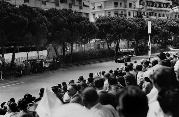 Monte Carlo, Monaco. 10th - 13th May 1956. Stirling Moss (Maserati 250F) 1st position, action. World Copyright: LAT PhotographicRef: 6005.