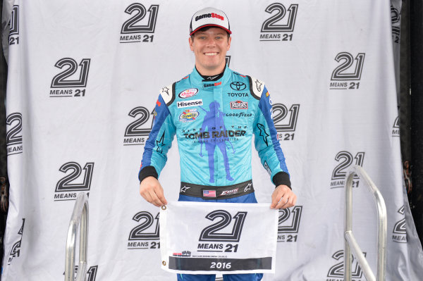 30 September-1 October, 2016, Dover, Delaware USA Erik Jones, GameStop/Rise of the Tomb Raider: 20 Year Celebration Toyota Camry (20) wins the pole for the Drive Sober 200 at Dover International Speedway. ?2016, John Harrelson / LAT Photo USA