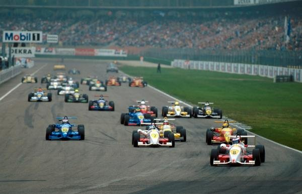 Winner of both races Jarno Trulli (ITA) Dallara F395 Opel leads the field at the start.German Formula Three Championship, Hockenheim, Germany, 15 October 1995.
