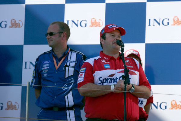 Albert Park, Melbourne, Australia29th March 2009Australian V8 Supercars.  Race 3. World Copyright: Alastair Staley/LAT Photographicref: Digital Image _P9O6531