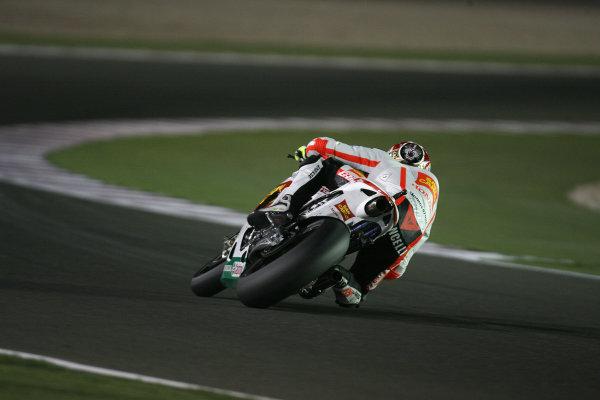 Losail International Circuit, Qatar.Round 1. 9th - 11th April 2010.Marco Simoncelli San Carlo Honda Gresini.World Copyright: Martin Heath/LAT Photographicref: Digital Image SE5K6659