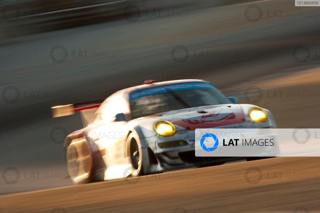 American Le Mans Series. Laguna Seca, Monterey, California. 15th - 17th September 2011. Tim Pappas / Jeroen Bleekemolen / Sebastiaan Bleekemolen, Black Swan Racing, Porsche 911 GT3 Cup. Action. Photo: Drew Gibson/LAT Photographic. ref: Digital Image _Y2Z6964