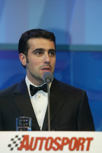 2003 AUTOSPORT AWARDS, The Grosvenor, London. 7th December 2003.Dario Franchitti presented the award for Club Driver.Photo: Peter Spinney/LAT PhotographicRef: Digital Image only