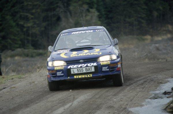 1994 World Rally Championship.Lombard RAC Rally, Great Britain. 20-23 November 1994.Colin McRae/Derek Ringer (Subaru Impreza 555), 1st position.World Copyright: LAT PhotographicRef: 35mm transparency 94RALLY07