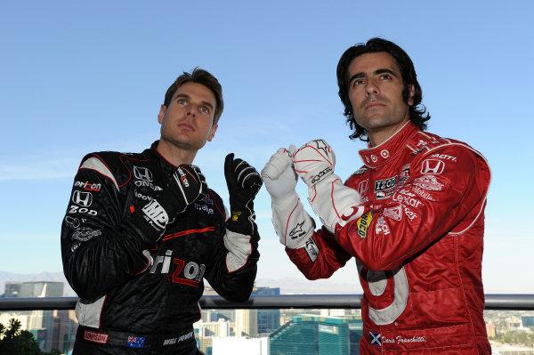 Title protaganists (L to R): Will Power (AUS) Team Penske and Dario Franchitti (GBR) Target Chip Ganassi Racing. IndyCar Series, Rd17, Las Vegas Indy 300, Las Vegas Motor Speedway, Las Vegas, USA, 15-16 October 2011.