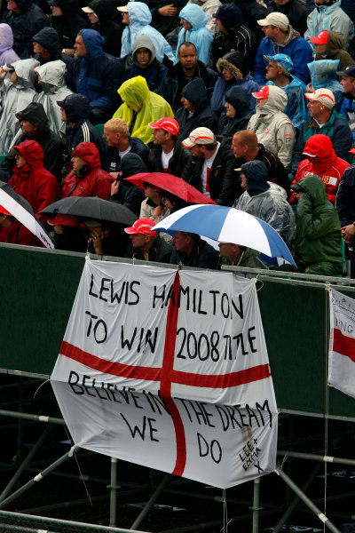 Silverstone, Northamptonshire, UK.6th July 2008.Support in the grandstands for Lewis Hamilton, McLaren MP4-23 Mercedes. Atmosphere. World Copyright: Steven Tee/LAT Photographic.ref: Digital Image RK4O2345
