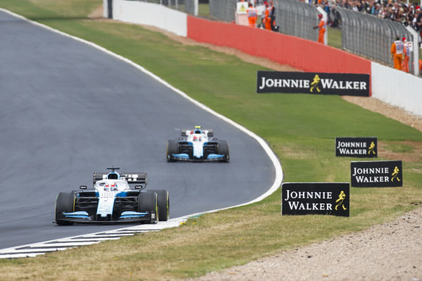 George Russell, Williams Racing FW42 leads Robert Kubica, Williams FW42