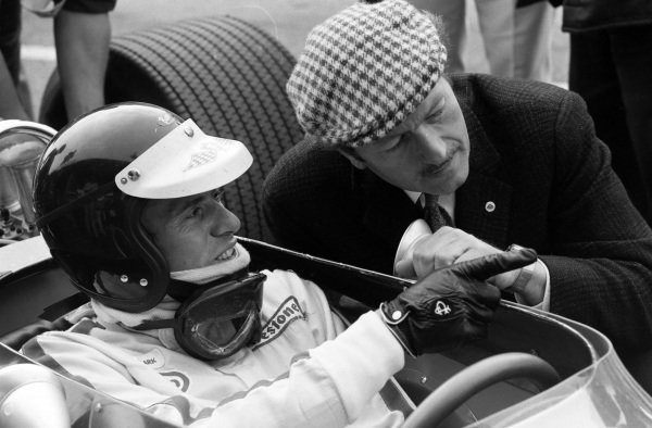 Jim Clark with Colin Chapman.