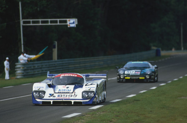 1993 Le Mans 24 Hours. Le Mans, France. 19th - 20th June 1993. Roland Ratzenberger/Mauro Martini/Naoki Nagasaka (Toyota 93C-V), 5th position leads John Nielsen/David Brabham/David Coulthard (Jaguar XJ220C), disqualified from a class win, action. World Copyright: LAT Photographic. Ref:  93LM29