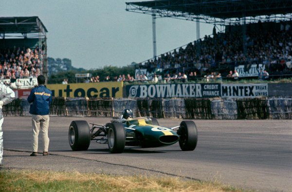 Silverstone, England. 13th - 15th July 1967. Graham Hill (Lotus 49-Ford) retired, action.Ref: 67 GB 10 World Copyright: LAT Photographic