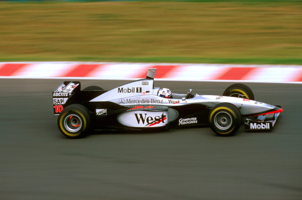 Hungaroring, Hungary.8-10 August 1997.David Coulthard (McLaren MP4/12 Mercedes) failed to finish after his alternator broke on lap 65.Ref-97 HUN 04.World  Copyright - LAT Photographic