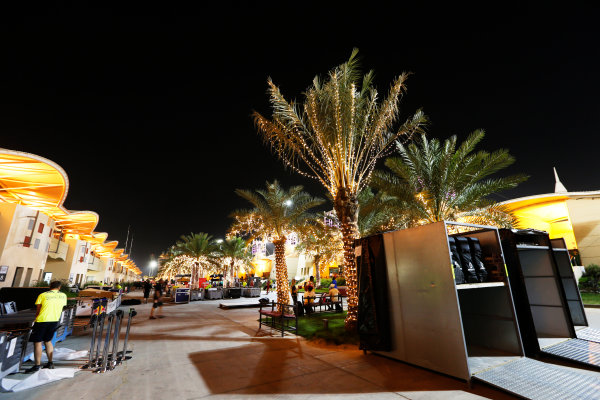 Bahrain International Circuit, Sakhir, Bahrain. Sunday 19 April 2015. The paddock is packed away after the race. World Copyright: Alastair Staley/LAT Photographic. ref: Digital Image _79P9237