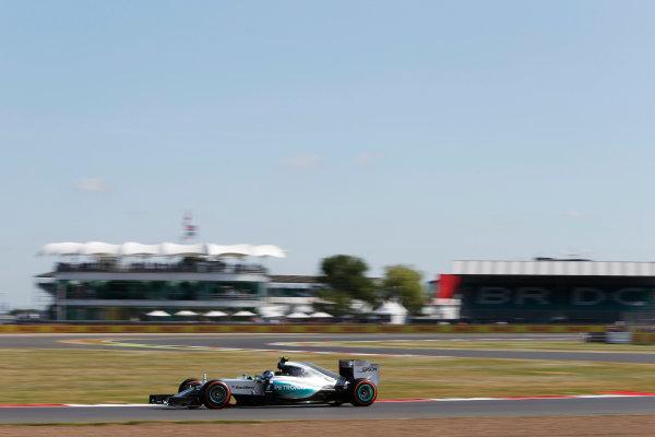Silverstone Circuit, Northamptonshire, England. Friday 3 July 2015. Nico Rosberg, Mercedes F1 W06 Hybrid. World Copyright: Andrew Ferraro/LAT Photographic ref: Digital Image _FER0165