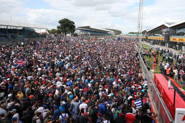 Round 10 - British Grand Prix, Silverstone, Northamptonshire, UK Sunday 10 July 2016. British GP Fans World Copyright: Jakob Ebrey/LAT Photographic