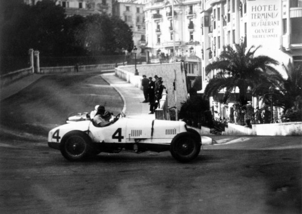 "1934 Monaco Grand Prix Monte Carlo, Monaco. 2 April 1934 Whitney Straight, #4 Maserati 8C-3000, is passed by Louis Chiron, Alfa Romeo Tipo-B ""P3"", 2nd position, action World Copyright: Robert Fellowes/LAT PhotographicRef: 34MON02"